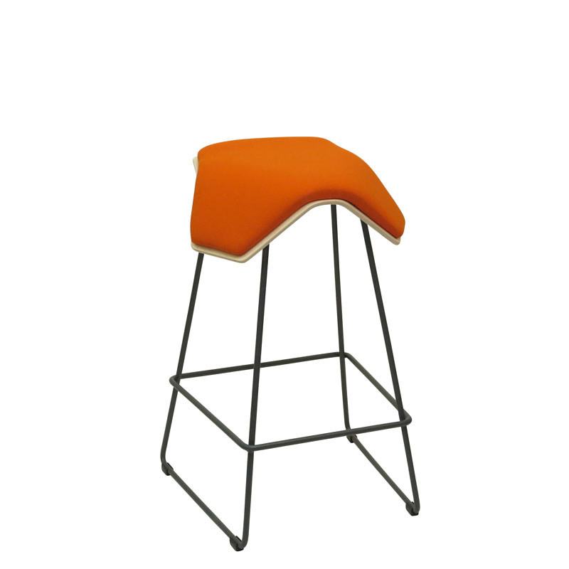 saddle, ergonomic, chair, bar stool, wood, design, finnish, furniture, school - myKolme Iloa one bar birch orange fame